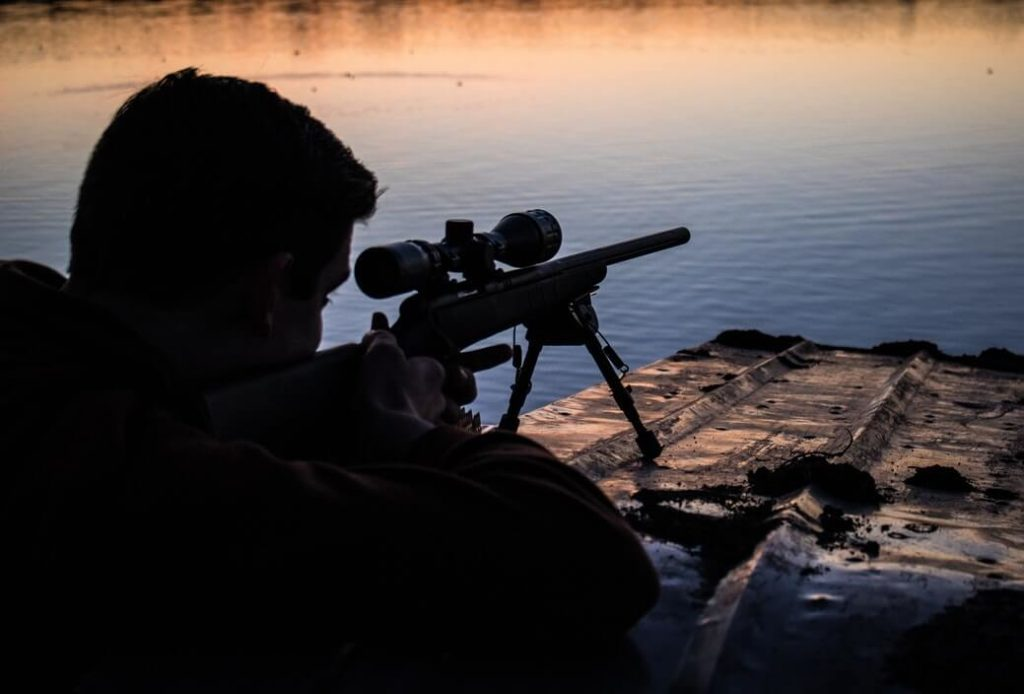 A hunter aiming at 1000 yards.